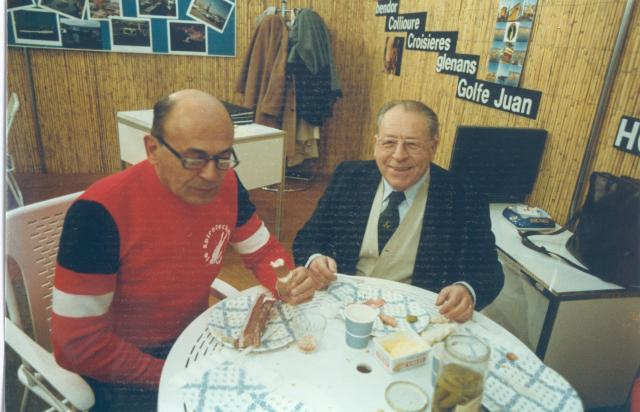 Avec Pierre Vilarem pdg de La Spirotechnique. Photo Chenz. Coll. Philippe Sérénon.