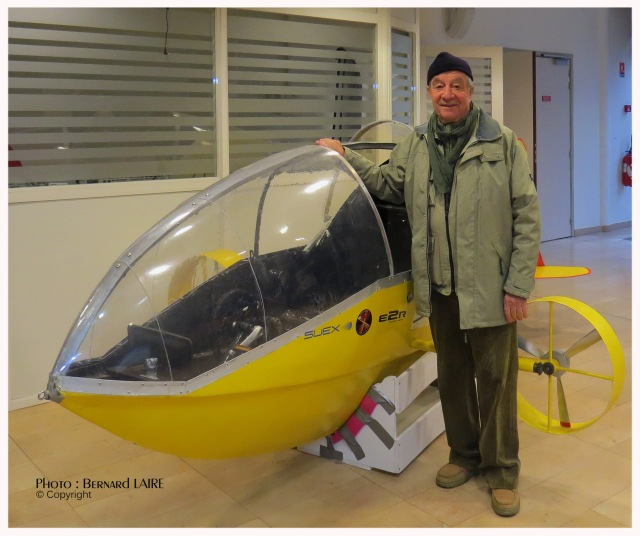 Stéphane Rousson l'inventeur du Scubster -sous-marin humide- se refuse à toute confirmation ou infirmation.